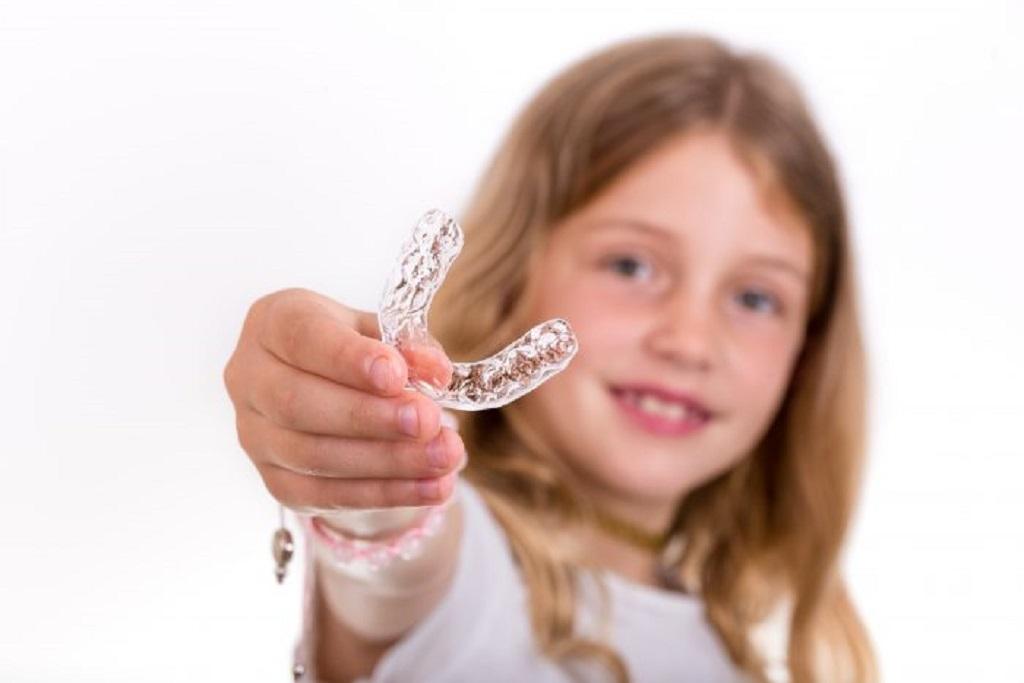 Ortodoncia invisible para niños